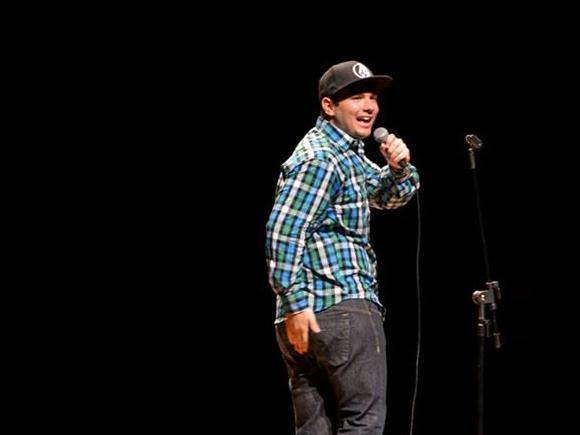 Ed Gama – Comediante do Saco de Risadas do Faustão.